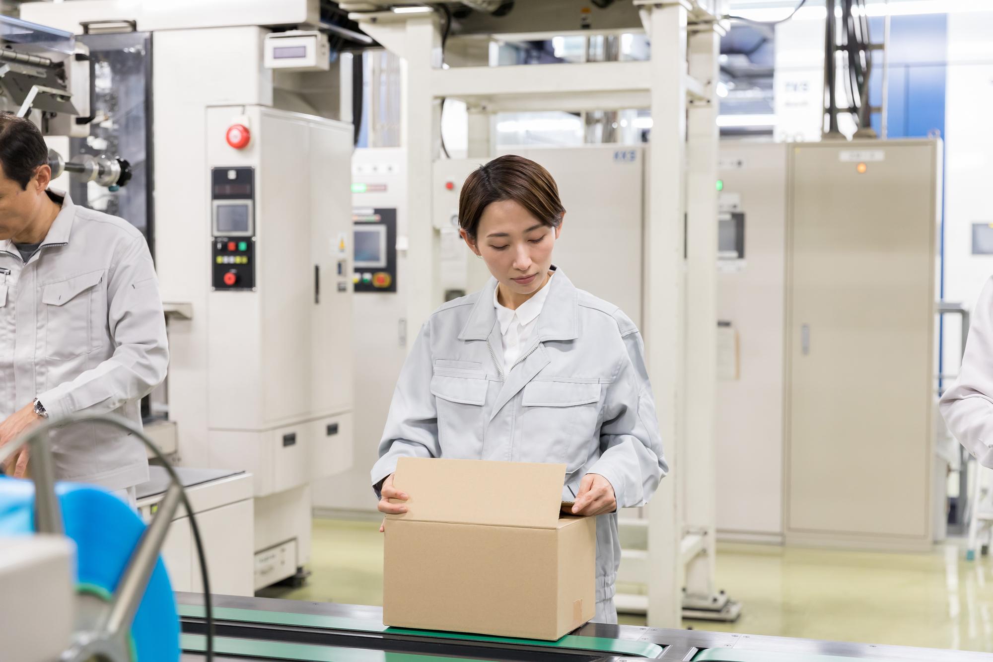 店舗・本社・工場の全社管理を実現!店舗や製造ラインの繁忙分析、適切な人員配置に貢献!